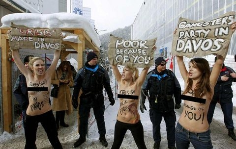 Davos'ta polisin zor saatleri 2