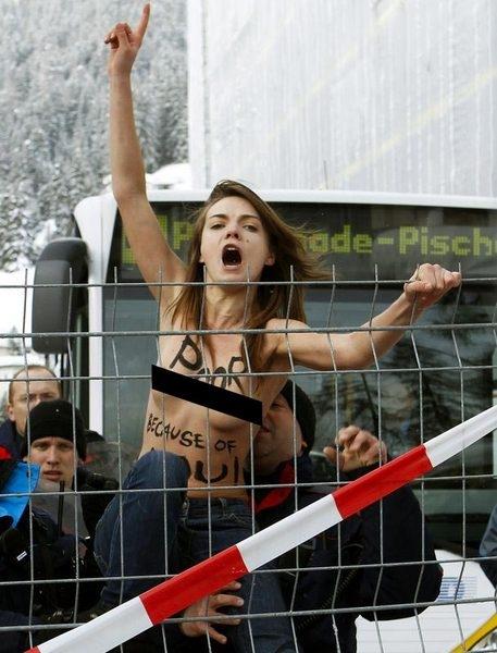 Davos'ta polisin zor saatleri 4