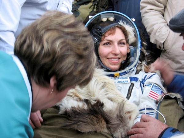 İranlı Uzay Kaşifi Anousheh Ansari 8