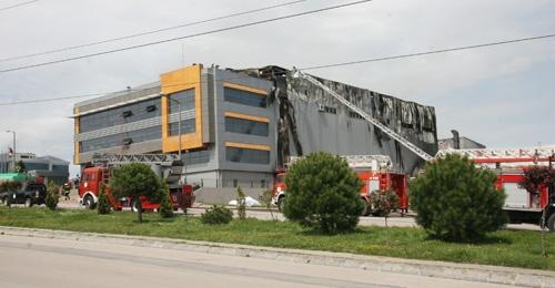 Gebze'de fabrika yangını 5