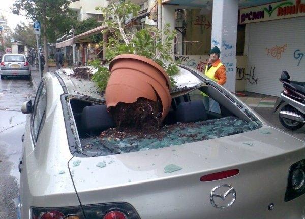 İlginç Araba Kazaları 4