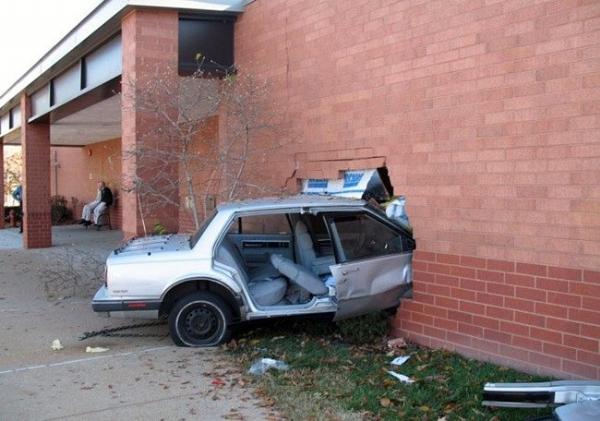 İlginç Araba Kazaları 6