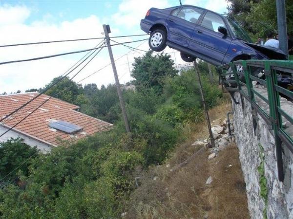 İlginç Araba Kazaları 8