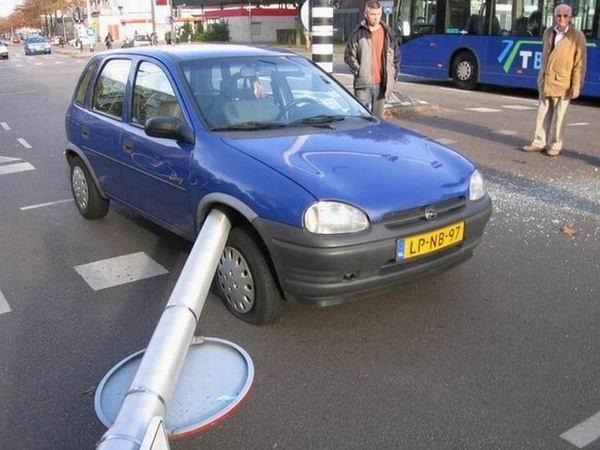 İlginç Araba Kazaları 9