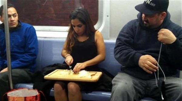 Metroda İlginç Kareler 6