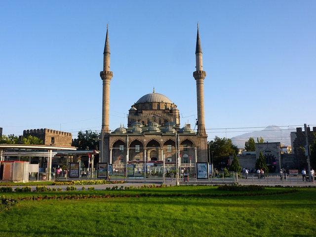 Hangi Şehirde Kaç Camii Var? galerisi resim 23