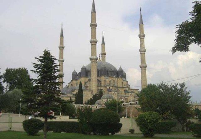 Hangi Şehirde Kaç Camii Var? 46
