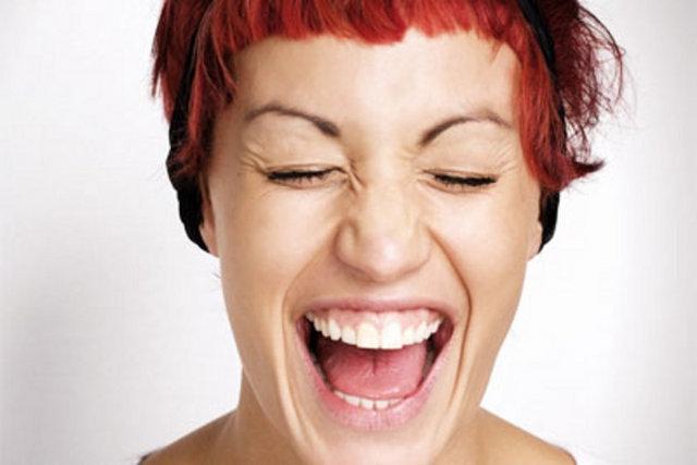 Gülmek mi zor,somurtmak mı? 13