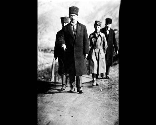 Atatürk'ün Hiç Görülmemiş Fotoğrafları 8