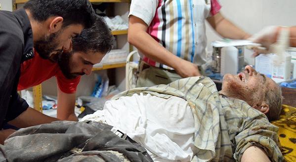 Esed rejimine ait savaş uçağı çarşıya düştü 4
