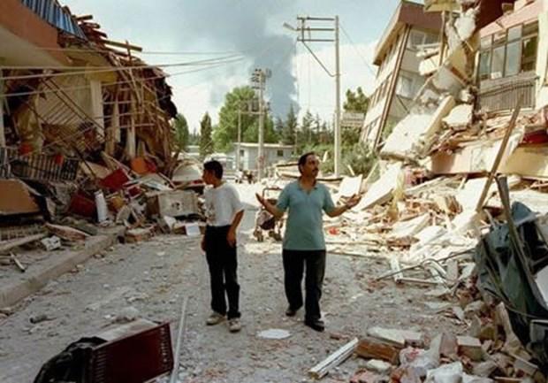 17 Ağustos Depremi'nin 16.yılı 30