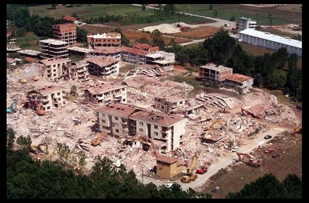 17 Ağustos Depremi'nin 16.yılı 49