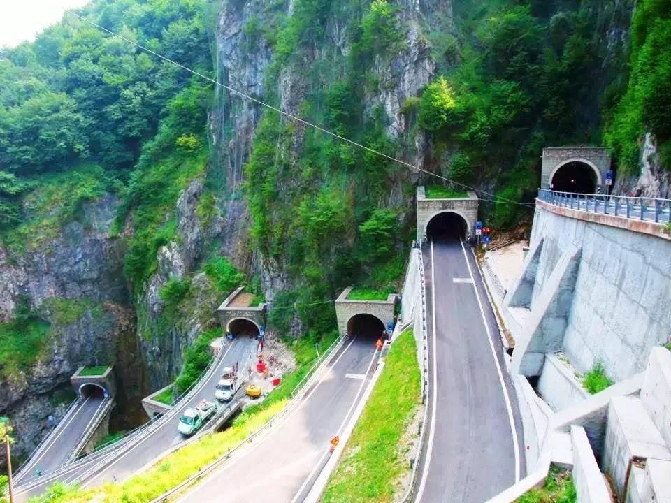 Dünyanın en güzel yolları 12