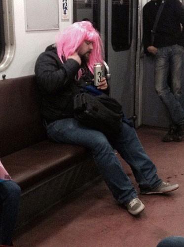 Metronun En Garip İnsanları galerisi resim 6