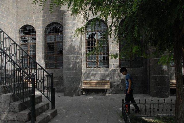 Terör Saldırılarının Sur'da Yarattığı Tahribat 3