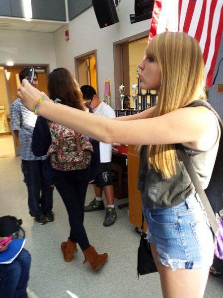 Kötü Zamanda Çekilmiş Selfieler 18