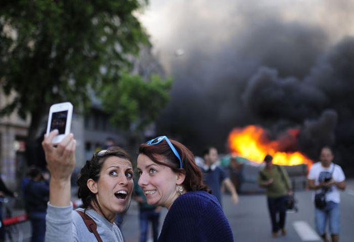 Kötü Zamanda Çekilmiş Selfieler 26
