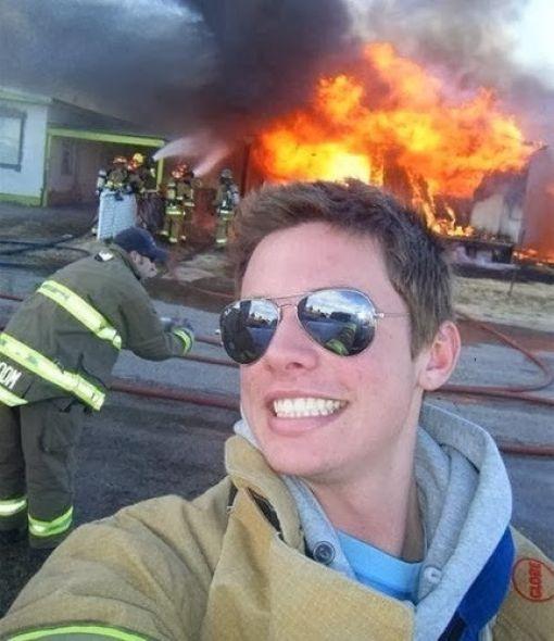 Kötü Zamanda Çekilmiş Selfieler 29
