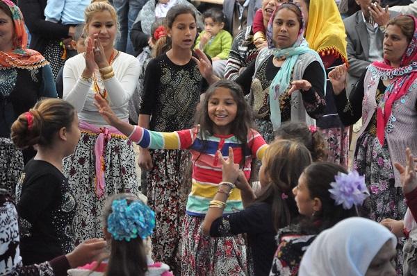 Gebze'deki Romanların renkli yaşamı 2