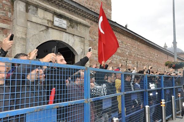 Binlerce Gebzeli, şehit Uzman Çavuş Polat Ali Özbek'i son yolculuğuna uğ 17