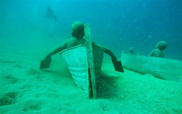 Su altında inanılmaz manzara 17