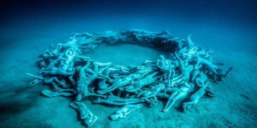 Su altında inanılmaz manzara