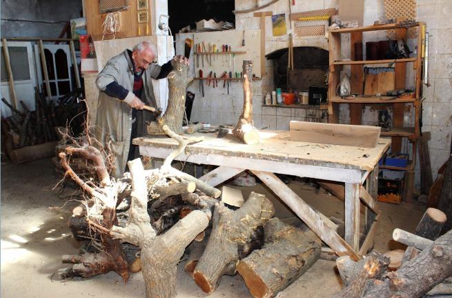 Yüzyıllık kütüklerin mantar mobilyaya yolculuğu 1
