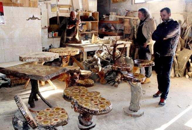 Yüzyıllık kütüklerin mantar mobilyaya yolculuğu 7