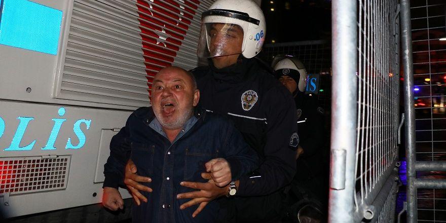 Ankara Büyükelçiliği'nde protestolar devam ediyor