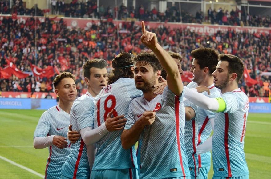 Türkiye Moldova Maçından Kareler 1