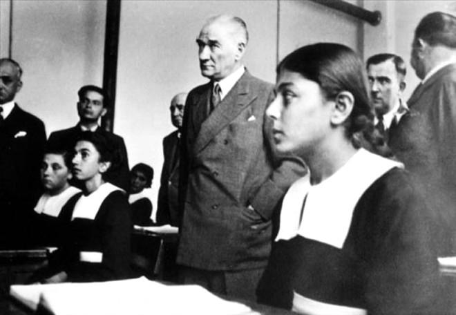 Atatürk'ün  en özel kareleri.. 2