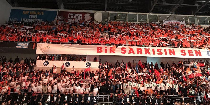 AK Parti 3. Olağanüstü Genel Kurulu'ndan kareler