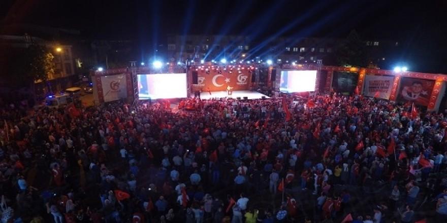 Darıca'da on binler nöbette buluştu