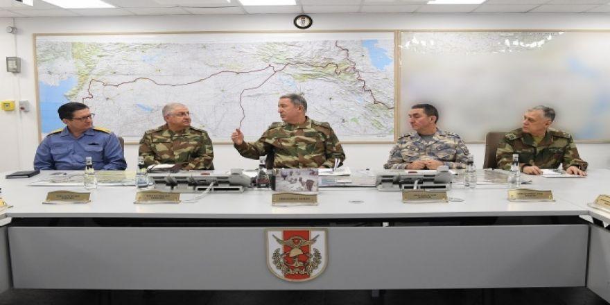 Genelkurmay Başkanı Akar 'Zeytin Dalı Harekatı'nı böyle yönett