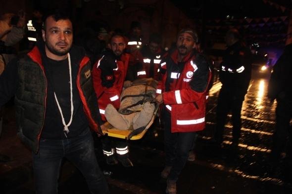 Kilis merkezine roket düştü! Çok sayıda yaralı var 2