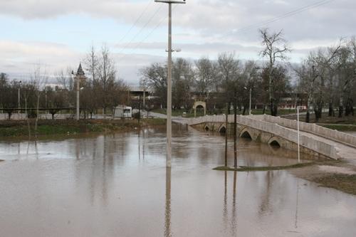 Tunca Nehri taştı 6