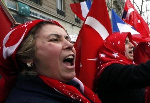 Fransa'da Ermeni Sokırımı protestosu 12