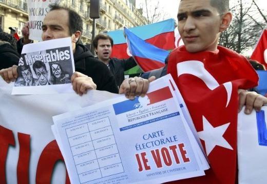 Fransa'da Ermeni Sokırımı protestosu 7