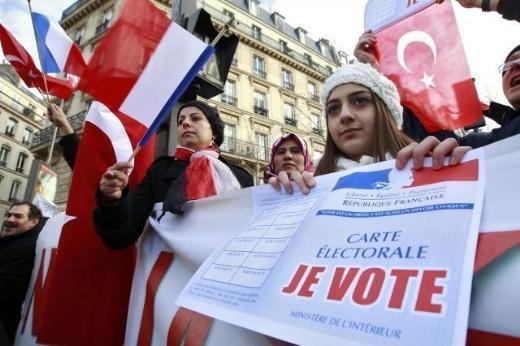 Fransa'da Ermeni Sokırımı protestosu galerisi resim 8