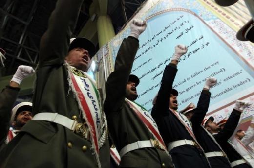 İranlılar Humeyni'yi böyle andı 6