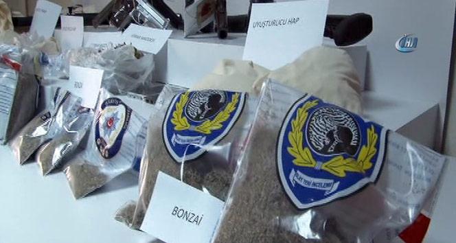 Şişli'de uyuşturucu operasyonu: 168 şüpheli yakalandı