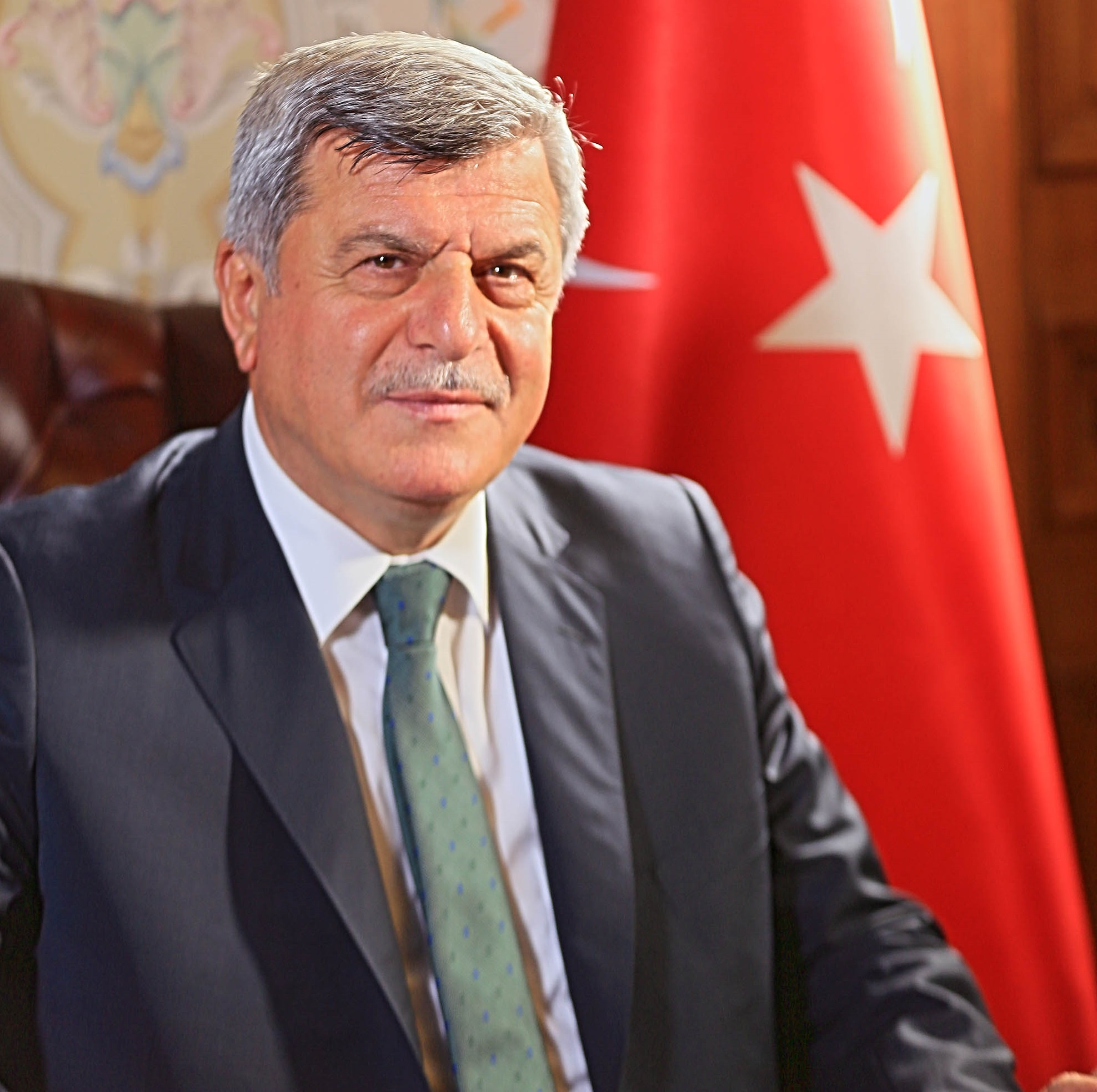 Karaosmanoğlu Mardin'de