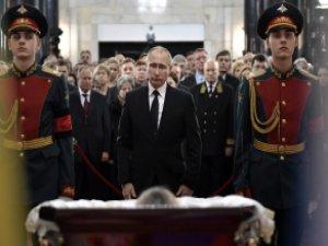 Putin'den son bakış! Dostuna böyle veda etti!