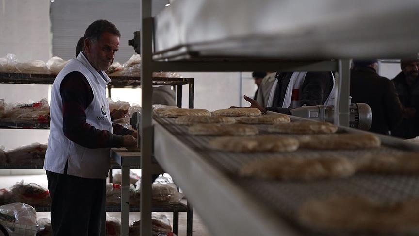 Türkiye'den Cerablus'a ekmek fırını
