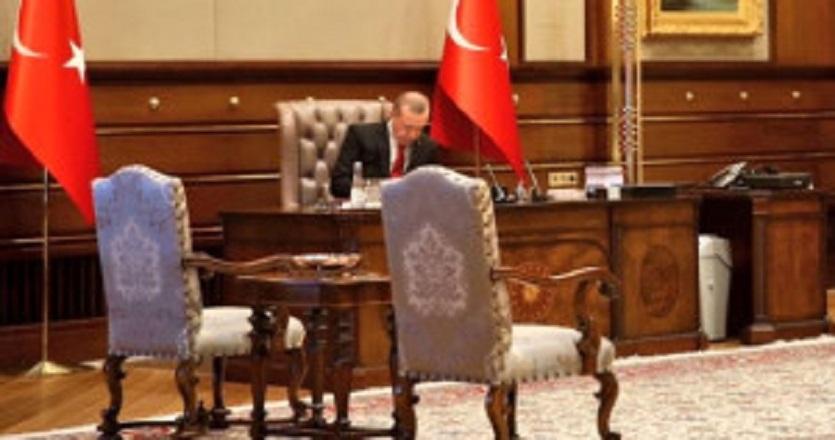 Topçu: Komutan, darbe gecesi Erdoğan'ın koltuğuna oturacaktı