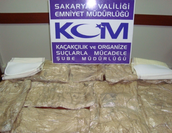Sakarya'da 20 kilo uyuşturucu ele geçirildi