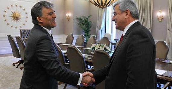 Cumhurbaşkanı Gül'ü ziyaret edecek