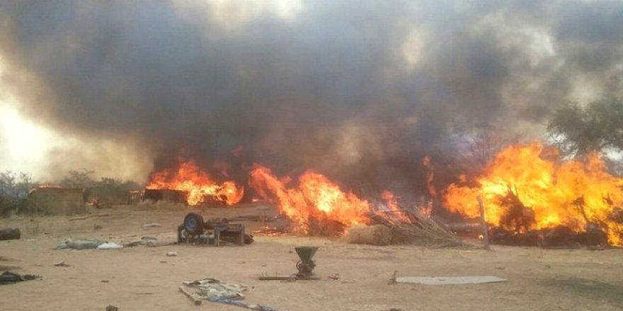 Savaş Uçağı Yanlışlıkla Mülteci Kampını Vurdu! 100'den Fazla Ölü Var