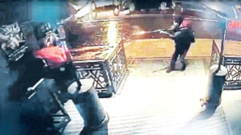Reina teröristi polisleri görünce yalvardı