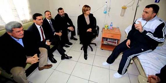 Kaymakam Erdoğan'a geçmiş olsun ziyareti